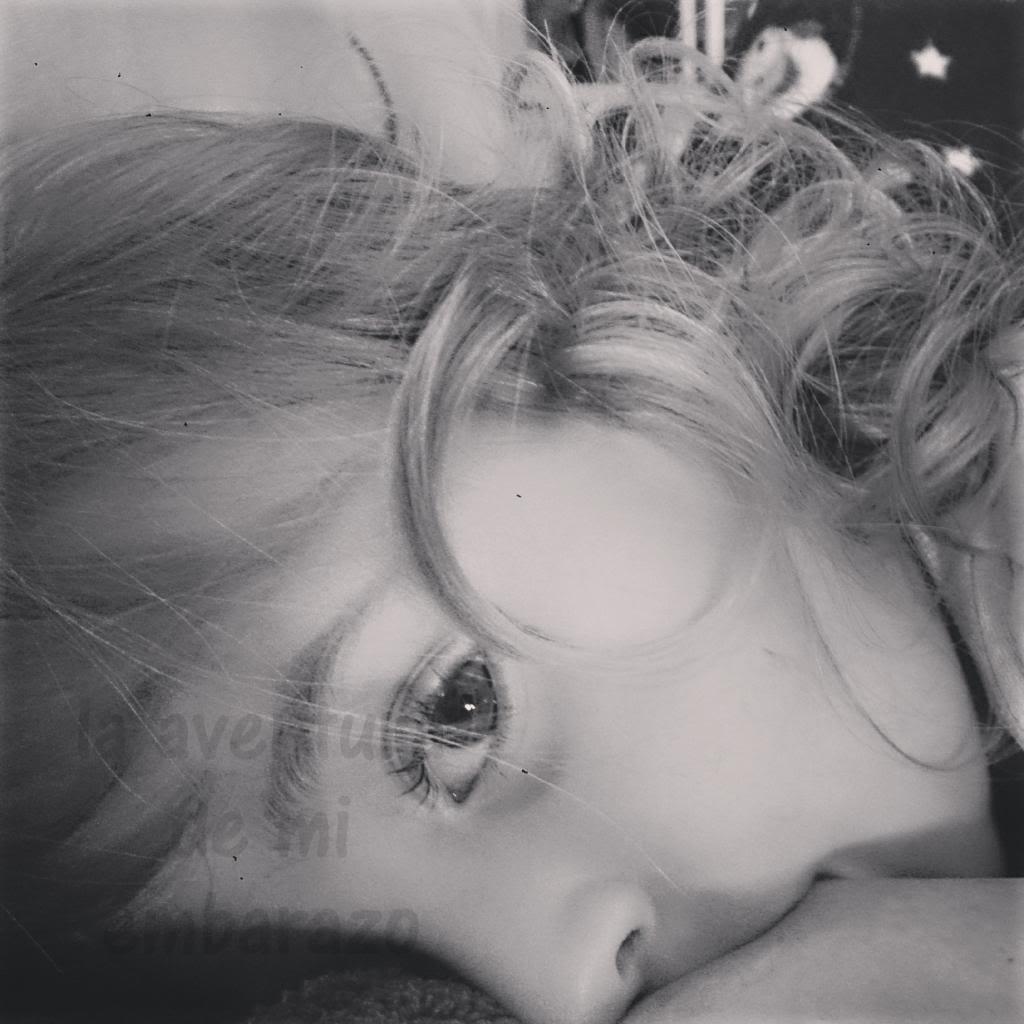 photo mirada_bebe_lactancia_zpsf89f5016.jpg