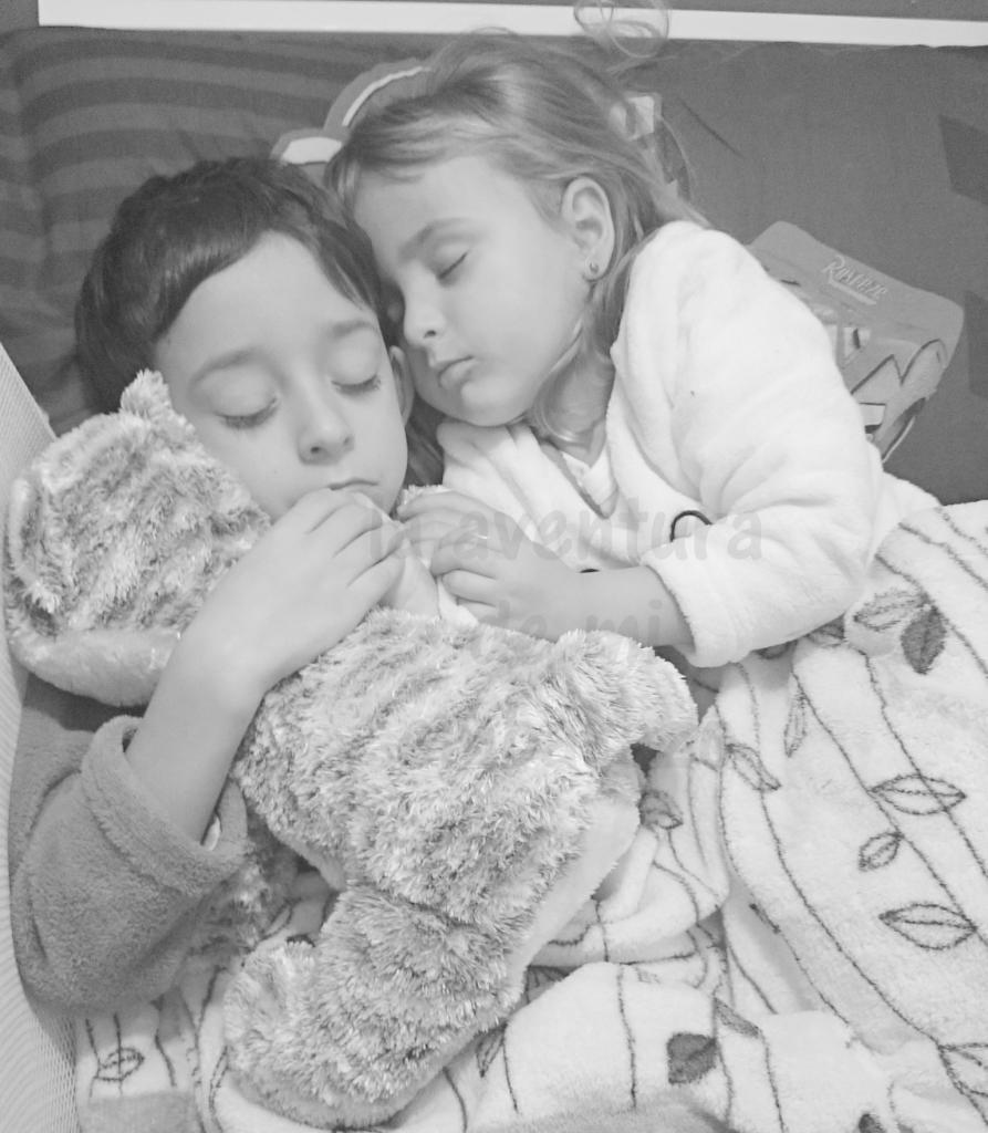 photo durmiendo-juntos-1_zpst7pllyyw.jpg