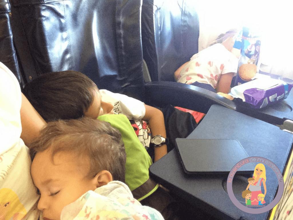 volar en ryanair con niños